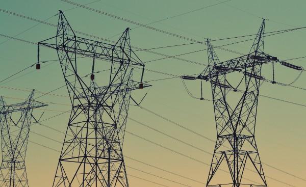 Zdjęcie linii energetycznych